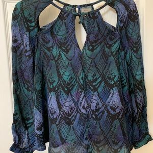 Blue and green snakeskin top